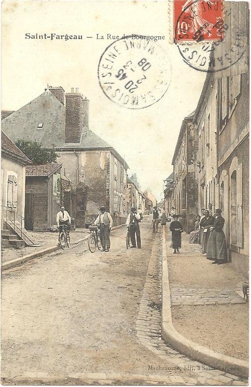 Les Dames de la rue des Lions vers 1900