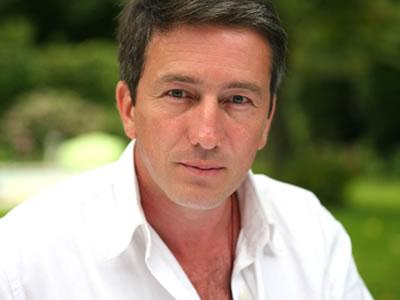 Écrivain et réalisateur, <b>Stéphane Allix</b> est devenu journaliste en rejoignant <b>...</b> - 2fh8fASUNP8z_QdjH7ZInISCviY