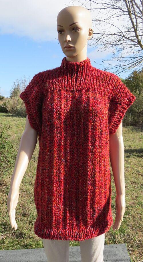 Pull tunique sans manches tricoté mains