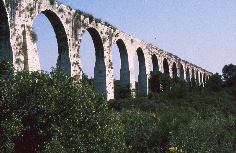 castries-aqueduc