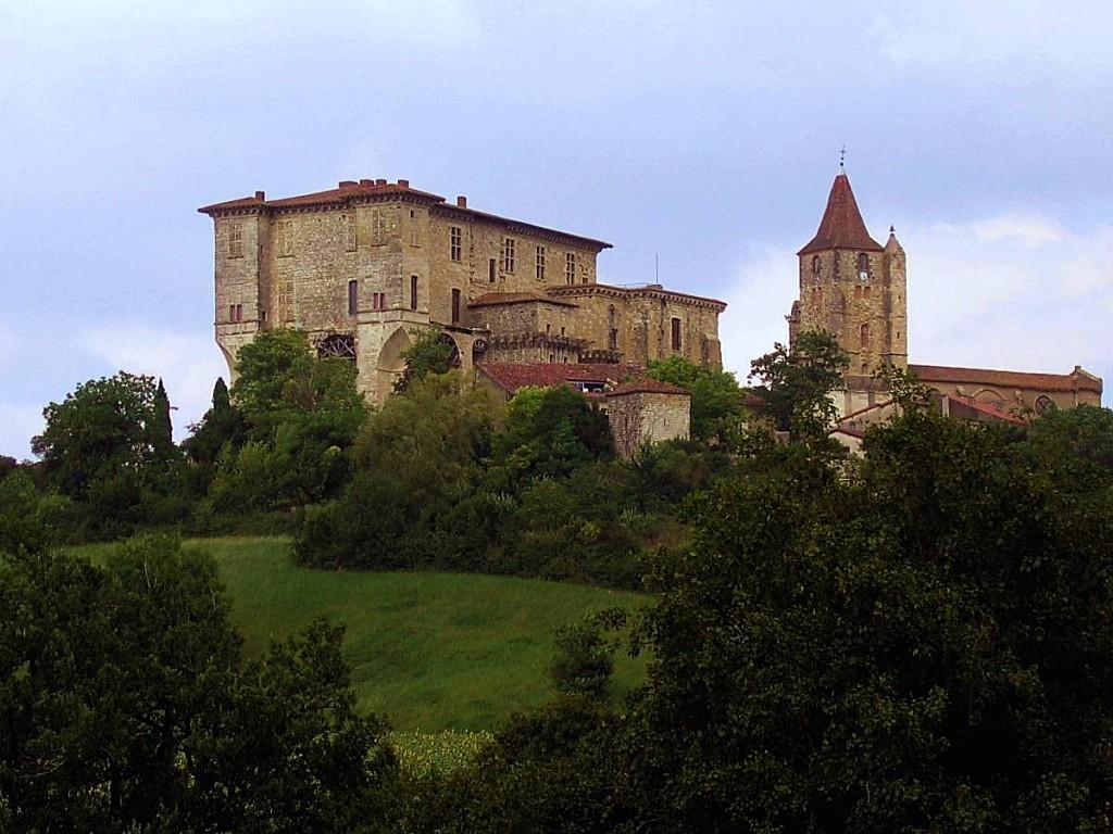 Chateau-de-Lavardens.jpg
