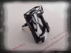 Bague kaléidoscope noir et blanche
