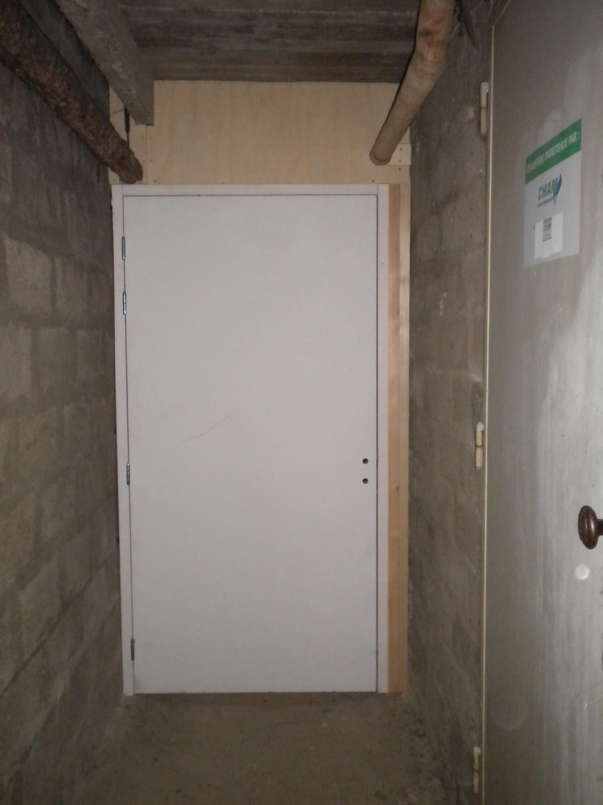 Super Pose des portes des couloirs de caves - 30 décembre 2013  HM45