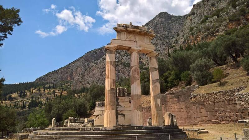Allez partons en Grèce.