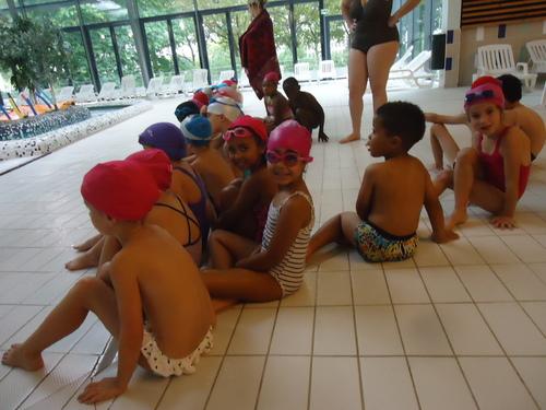 La première séance de piscine