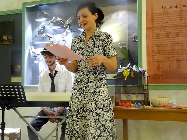 """""""l'Envolée"""" un beau spectacle poétique proposé lors de la """"Journée de l'Ecrit"""", par la Bibliothèque Municipale et le Musée du Pays Châtillonnais-Trésor de Vix"""
