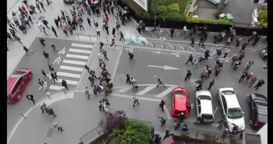 Blessé grave à Nation: la grenade de trop pour Bernard Cazeneuve