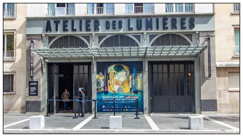 Le recyclage des friches parisiennes (10/13) : L'Atelier des lumières.