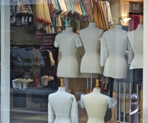 boutique nouveautés parisiennes mannequins