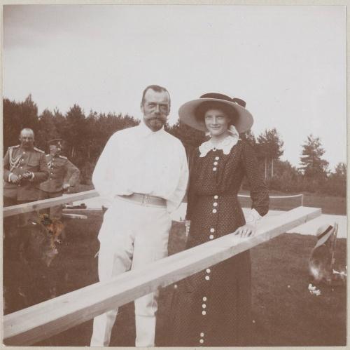 NICOLAS II et TATIANA