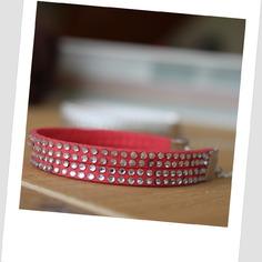 Superbe bracelet créateur tendance 2015 corail avec véritables strass.