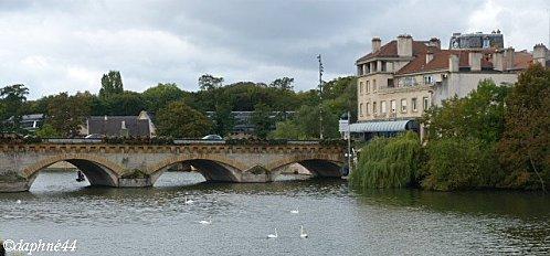 moselle-et-pont--maison.jpg