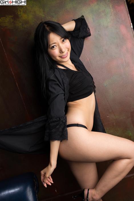 WEB Gravure : ( [UNO x Girlz HIGH!] - | もしも三田羽衣が彼女になったら (VR彼女編) ~ Gallery No.01 - Vol.02 : 黒ビキニ | Ui Mita/三田羽衣 )
