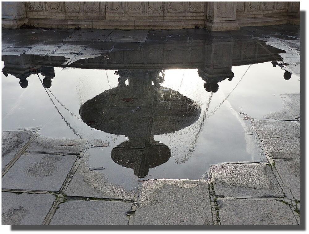 La fontaine des mers à l'envers