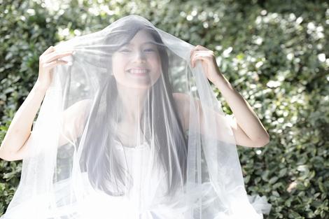 Models Collection : ( [HUSTLE PRESS] - |2015.11.12| Gravure / Yuri Tsunematsu/恒松祐里 : 篠山紀信 「laugh&smile」 ( No.02 ) )