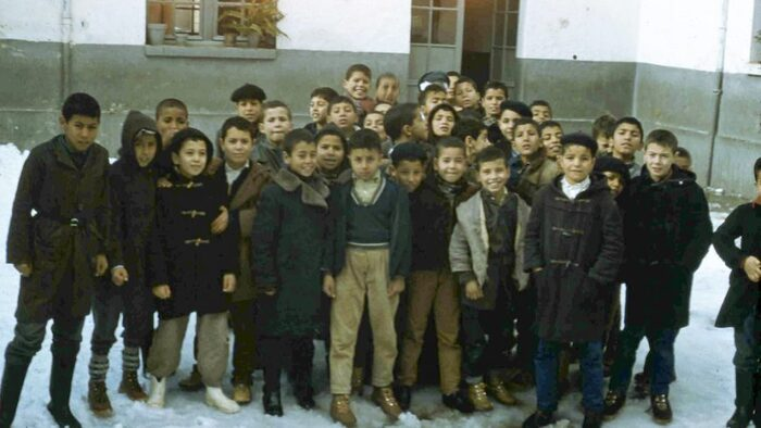 Gabriel Mifsud (vidéo à la fin) explique aux élèves sa position d'instituteur Français d'Algérie, engagé dans une solidarité sociale auprès des Algérien.nes pendant la guerre d'Algérie.