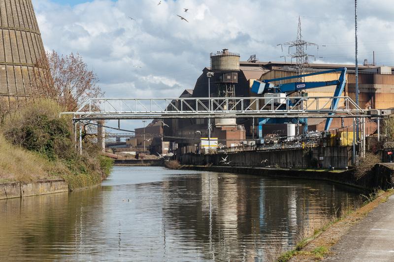 halage industriel de la Sambre de Marchienne à Charleroi