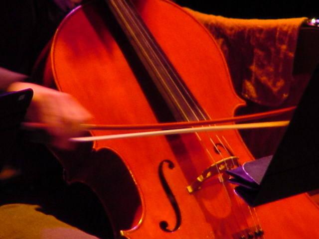 Blog de colinearcenciel : BIENVENUE DANS MON MONDE MUSICAL, ALLEGRETTO POUR VIOLON ET VIOLONCELLE - BEETHOVEN