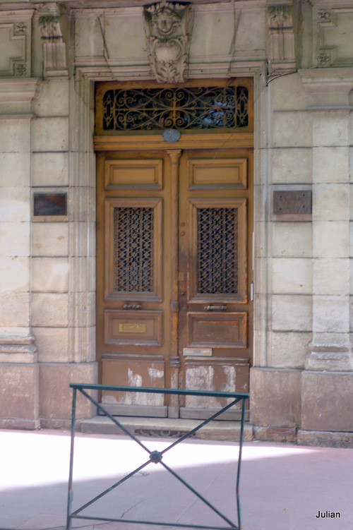 Toulouse : portes et fenêtre