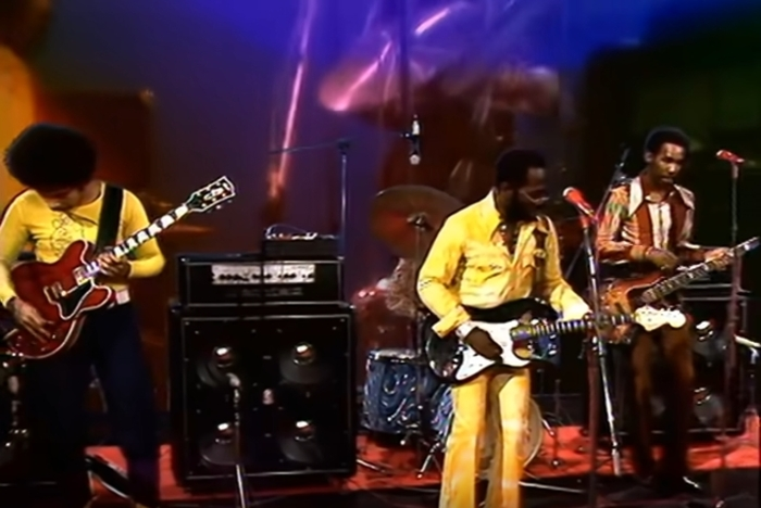 """Curtis Mayfield : CD """" Live Sessions At The Beat Club Studio January 19, 1972 """" SB Records DP 117 [ FR ]"""