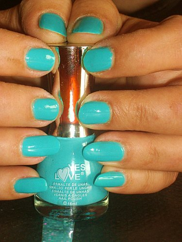 7-.swatchs-vernis-yes-love-003.JPG