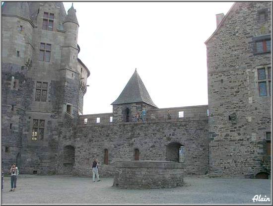 Chateau_Vitr__10
