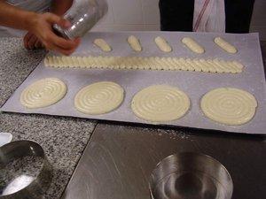 Cours de pâtisserie du GRETA