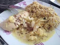 Poulet à l'ananas épices et noix de cajou