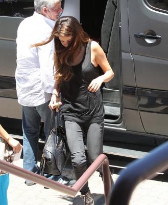 06/07/12 Selena et Justin prennent des sushis a Encino