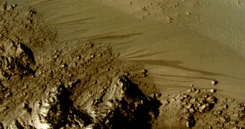 Découverte de traces d'eau sur Mars