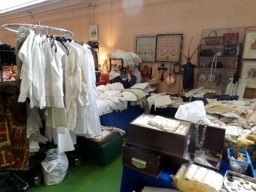 Le salon des antiquaires 2012, organisé par le Lions Club de Châtillon sur Seine..
