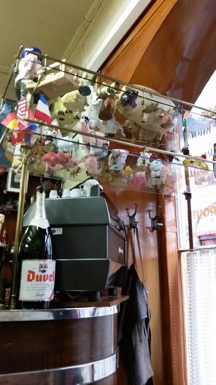 MARSEILLE-Mamiekéké partage ses petits bonheurs .... Lyonnais suite ...