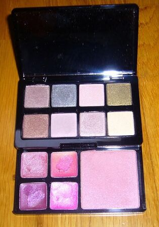 Palette_Too_Faced_Glamour_to_go_II__2_