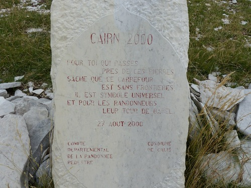 Le Cairn 2000