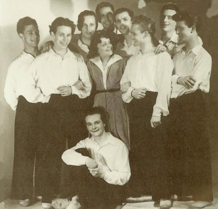 13.01 couleur Piaf et ses protégés 1946