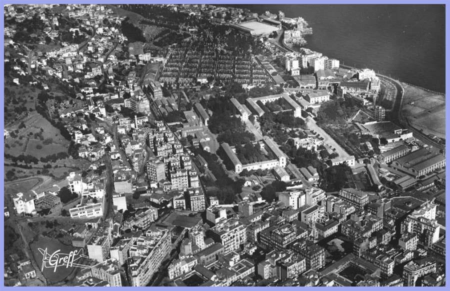 Vue aérienne - Bab-El-Oued - Saint-Eugène - Le Cimetière - Le Stade