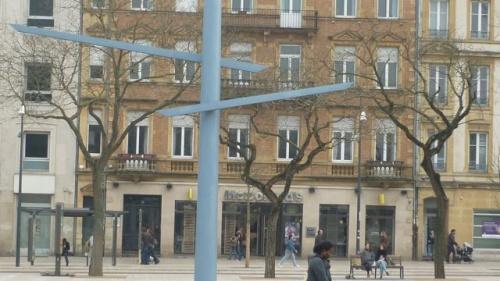 Luminaires place de la République (2 avril 2008)