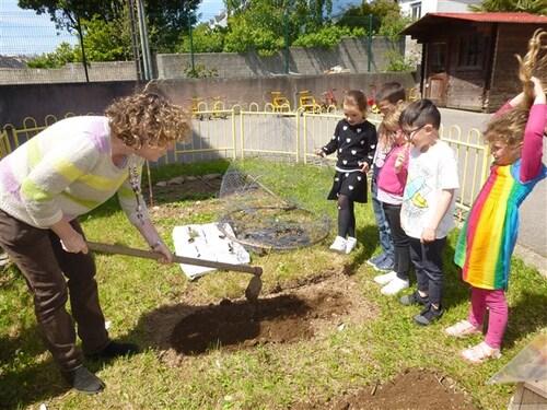 Les GS jardinent