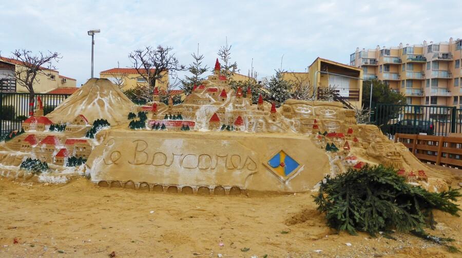 La fête est finie.....sur la place du Lydia, à Barcarès/Village (2)