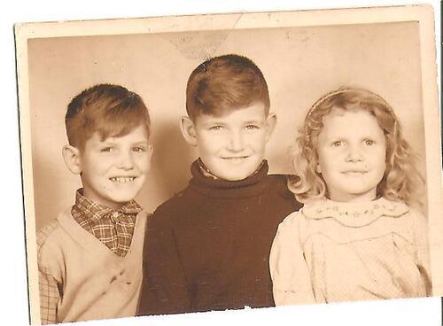Mes grands frères et moi à 7 ou 8 ans