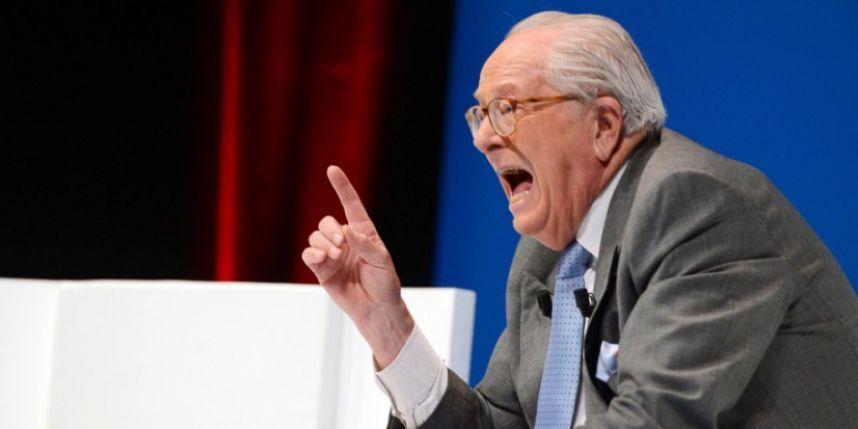"""""""Oops, I dit it again"""" : Jean-Marie Le Pen a encore sorti l'artillerie lourde face à Rivarol, dans une interview à paraître le 9 avril 2015"""