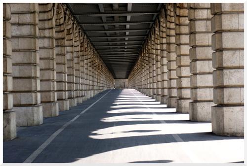 Paris. Le pont de Bercy