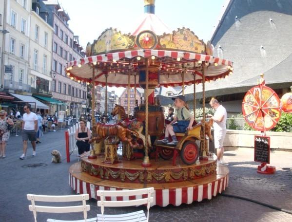 Manège Place du Vieux Marché