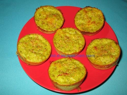 Muffins aux brocolis et fromage