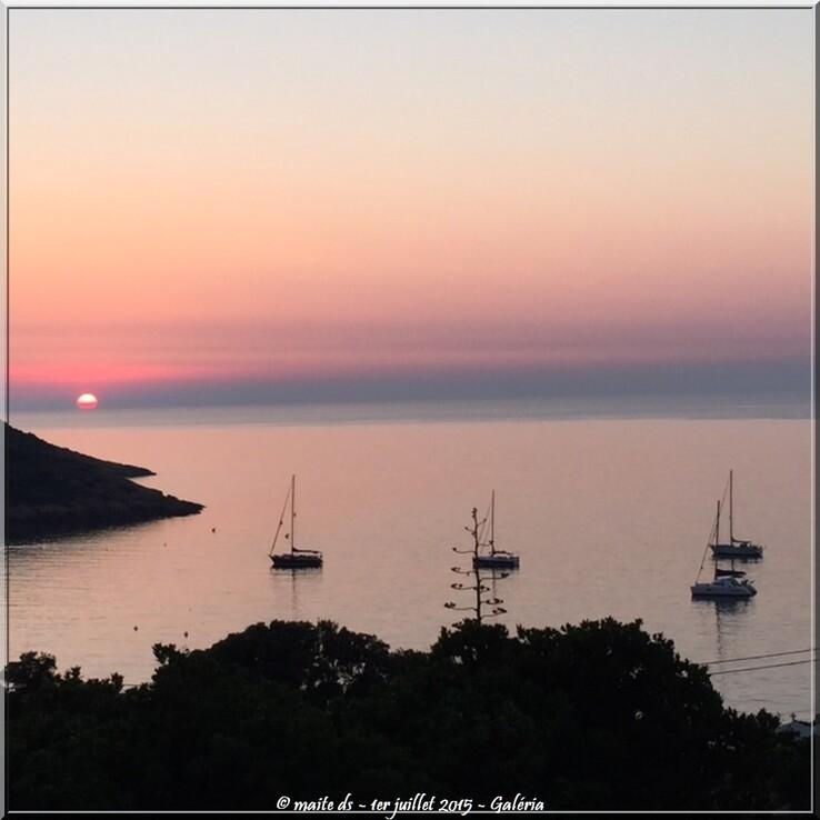Coucher de soleil sur le golfe de Galéria - Corse