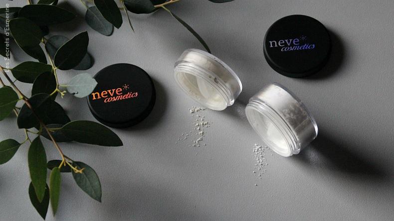 Maquillage minéral : poudre Nude et Hollywood de Neve Cosmetics