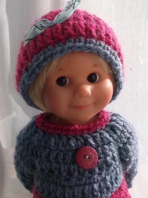 Encore une tenue pour Helga