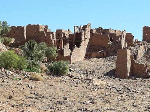 Les ruines du vieux village