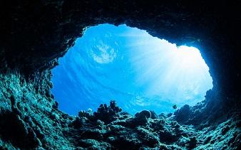 La plus grande grotte sous-marine du monde est au Mexique ...