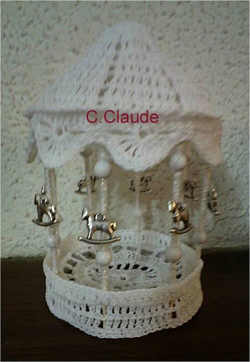 Le village blanc de Claude